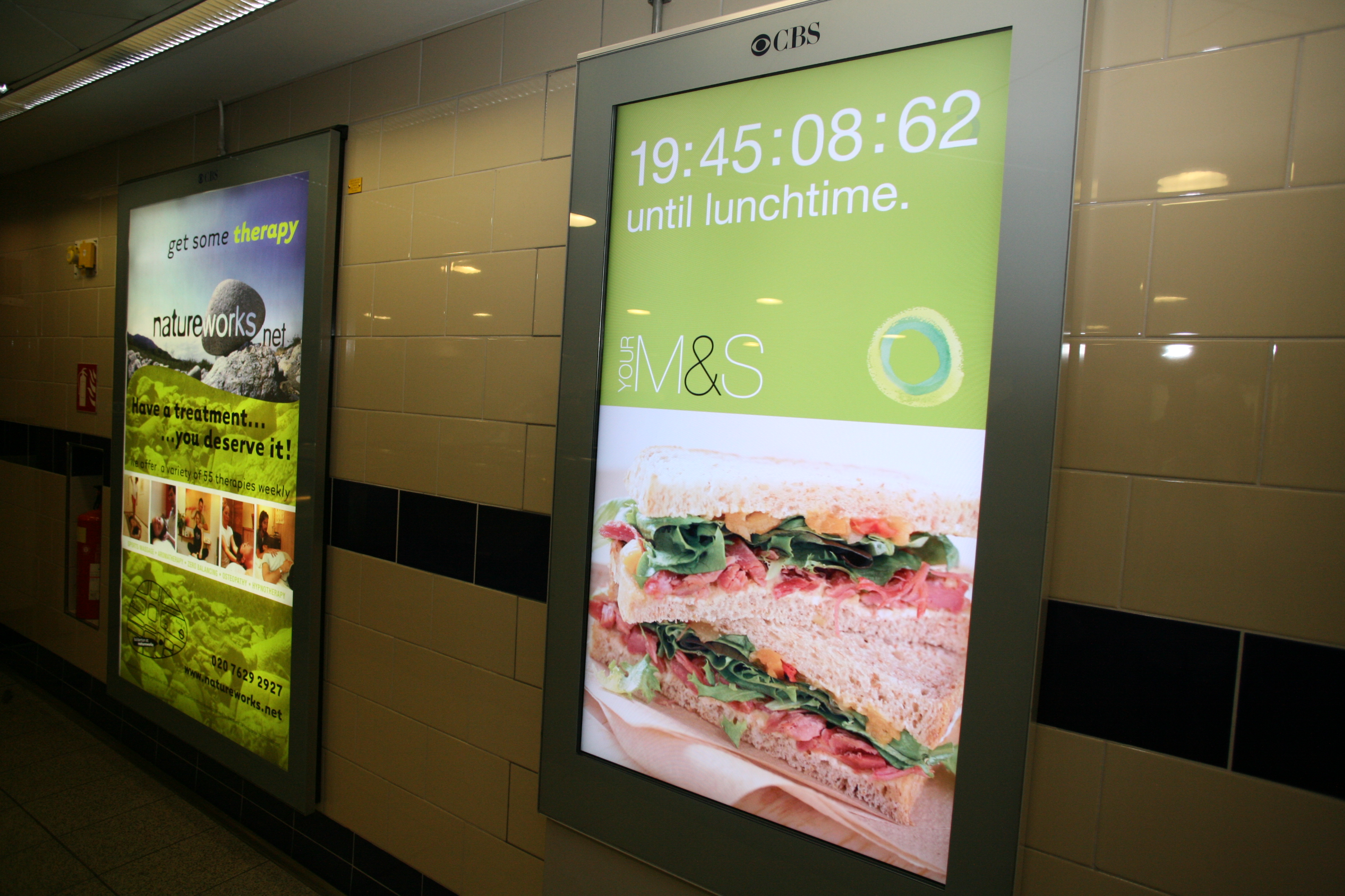 Marks & Spencer's campaign on London Underground digital LCD screens